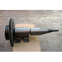 "System of Shaft Pulley + flywheel + 3"" SCREW TYPE LOG WOOD SPLITTER"